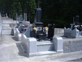 栃木県 足利市 1.8m×1.9m インド黒スリン付墓石