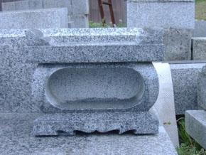 経机香炉 白御影石 ¥20,000(税込)